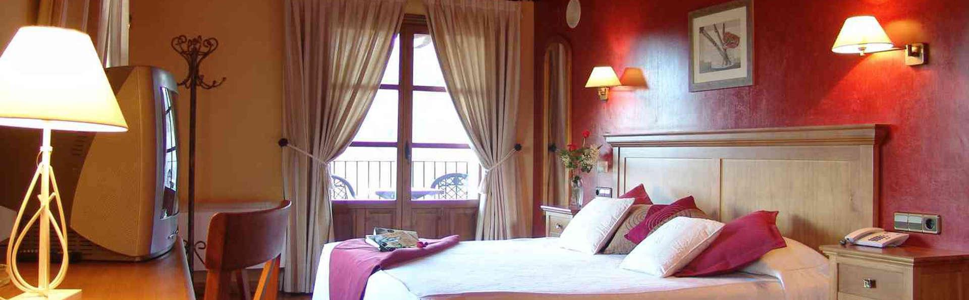 Hotel & Spa Peña Montañesa - EDIT_room6.jpg