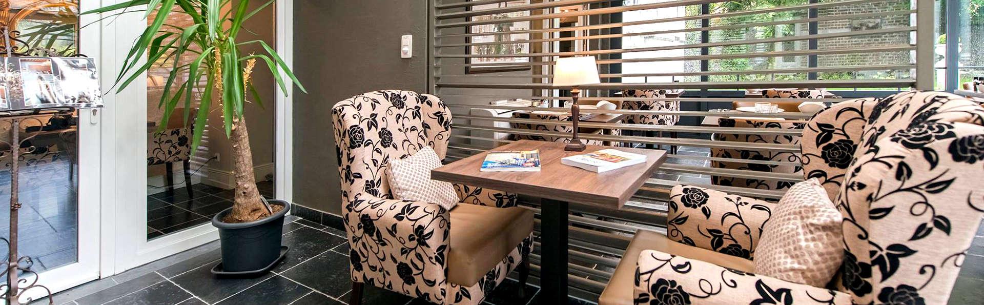 Boutique Hotel Huys van Steyns - Edit_Lounge2.jpg