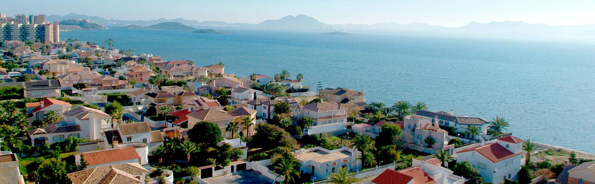 Escapada con Pensión completa y acceso al spa en pleno Mar Menor