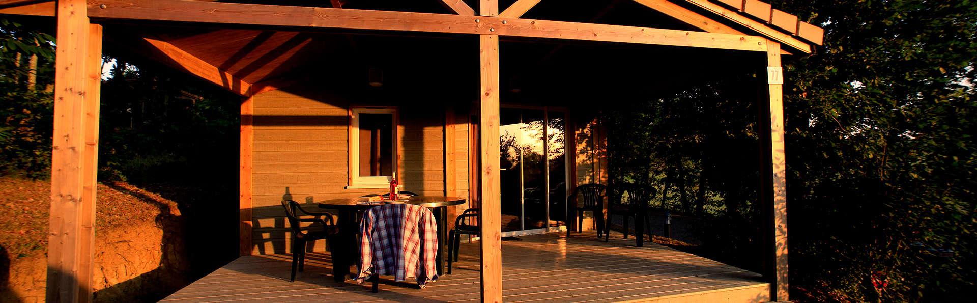 Confort rustique dans un chalet pour deux près de Montauban