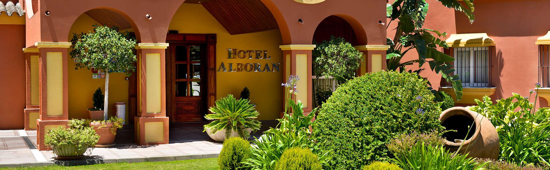 Hotel Alborán Algeciras - EDIT_garden.jpg