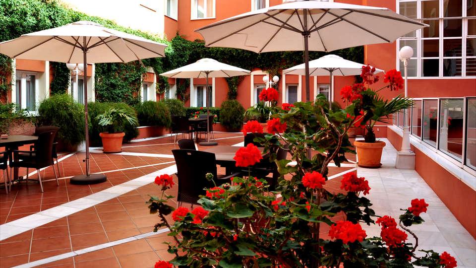 Hotel Alborán Chiclana - Edit_Terrace4.jpg