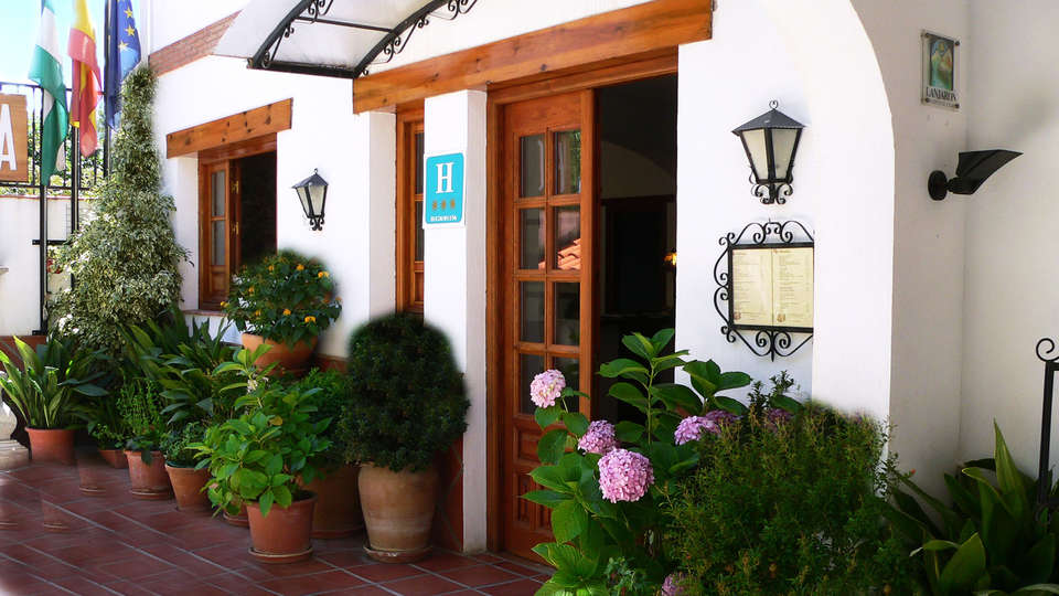 Hotel Alcadima - EDIT_entry.jpg