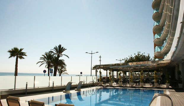 Relax total a primera línea de mar: con pensión completa y un gintonic premium