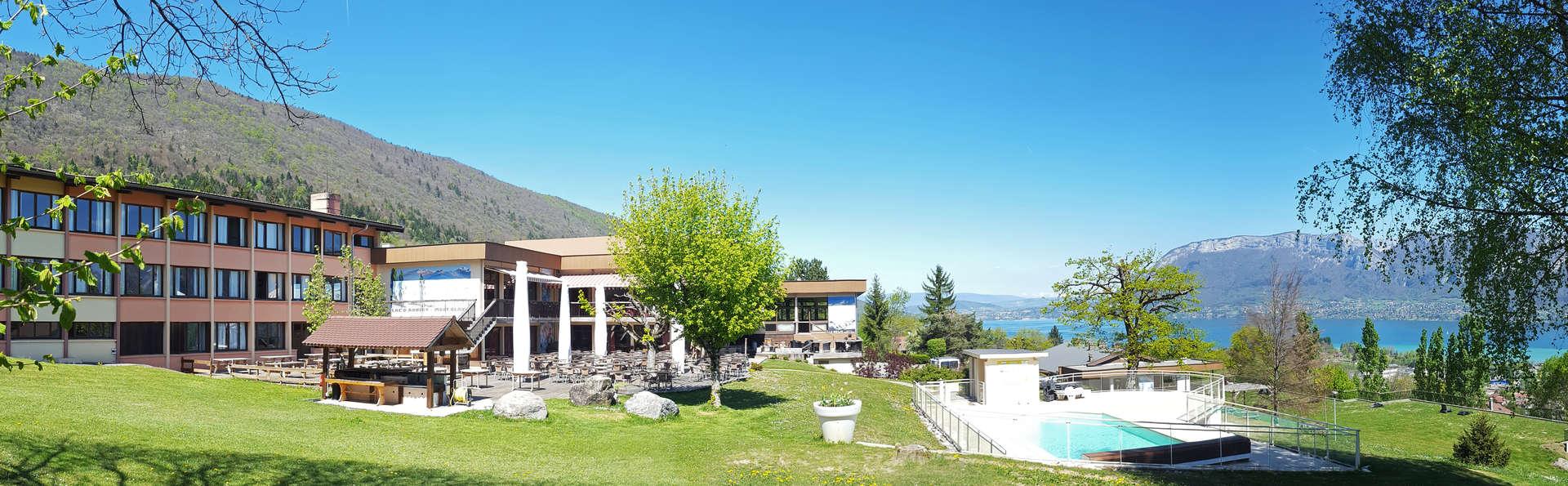 Village Club - NEACLUB Les Balcons du Lac d'Annecy - balcons-vue.jpg