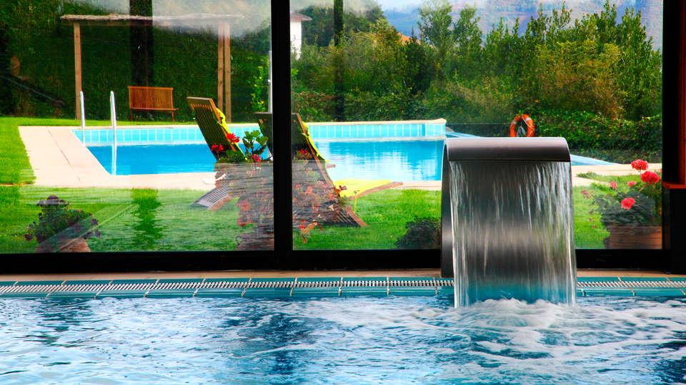 Hostería de Torazo Spa Nature - edit_pool.jpg