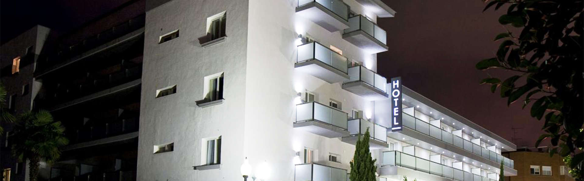 Hotel Astari - EDIT_front1.jpg
