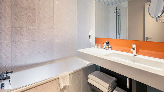 Mercure Marne la Vallee Bussy St Georges - Bathroom