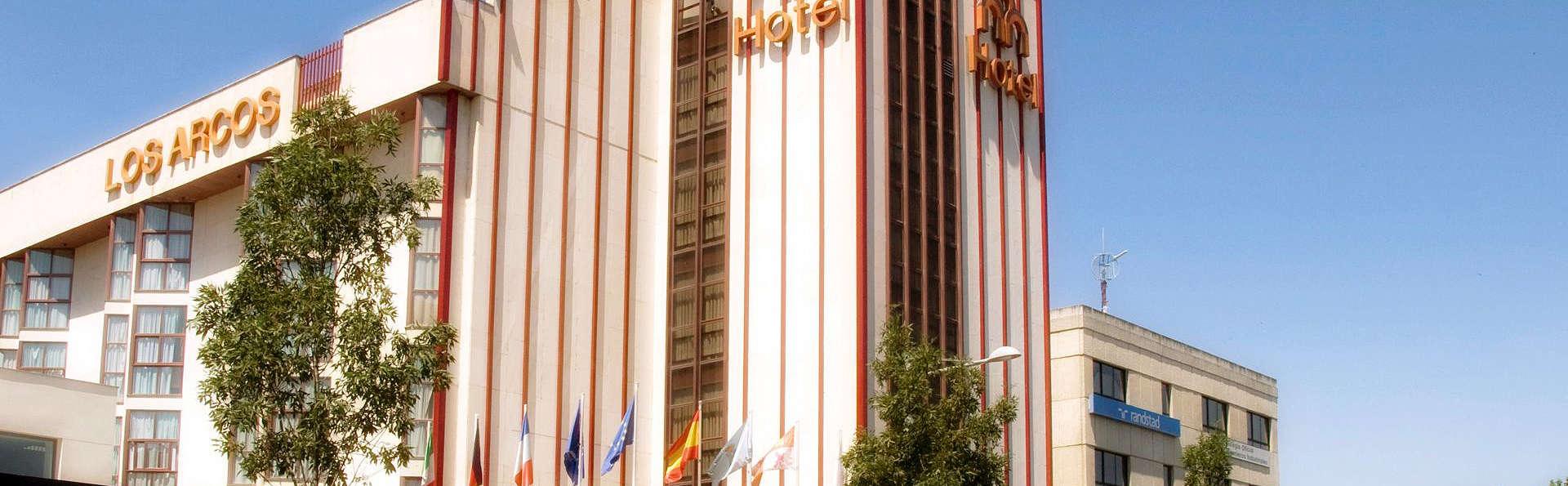 Hotel Ar Los Arcos - EDIT_Exterior.jpg
