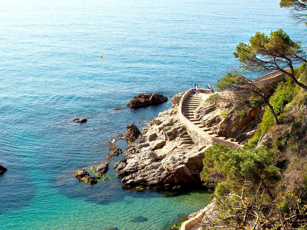 Séjour Espagne - Séjour romantique avec bains à remous dans la chambre, décoration spéciale avec demi-pension en cadeau !  - 4*