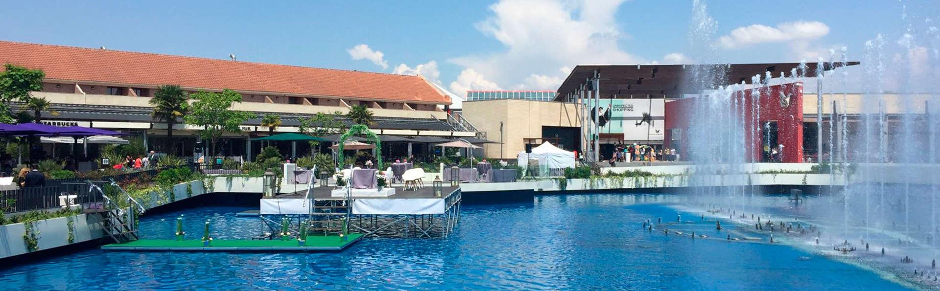 Hotel AR Parquesur - EDIT_exterior1.jpg
