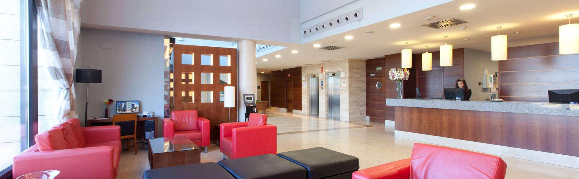 Hotel Avant Aeropuerto - EDIT_hall.jpg