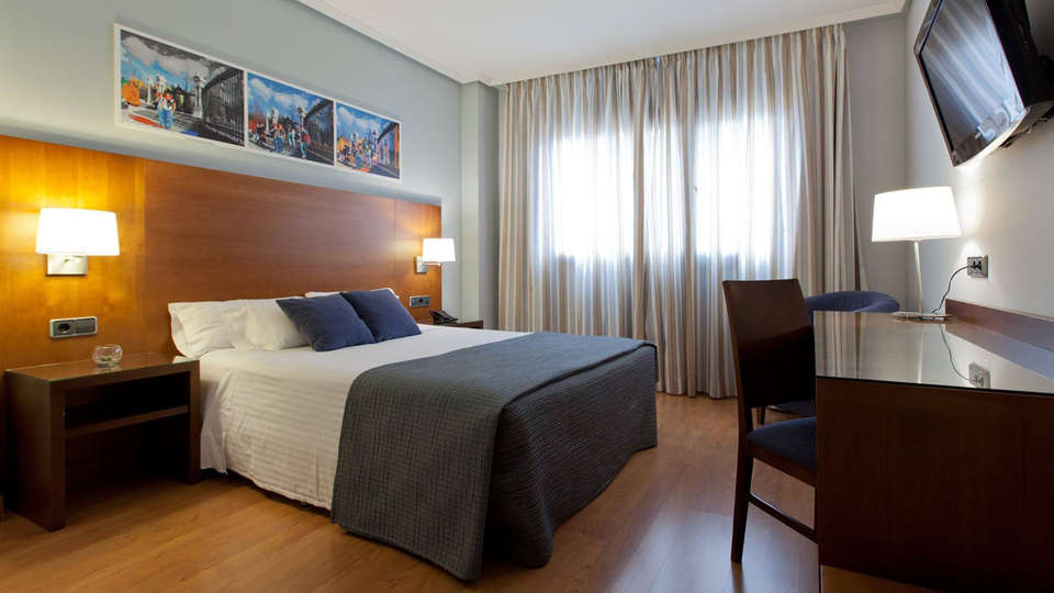 Hotel Avant Aeropuerto - EDIT_room2.jpg
