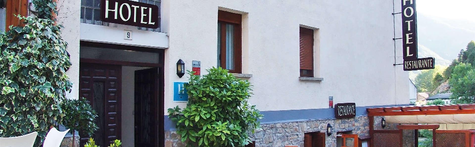 Hotel Badaín - EDIT_ext3.jpg
