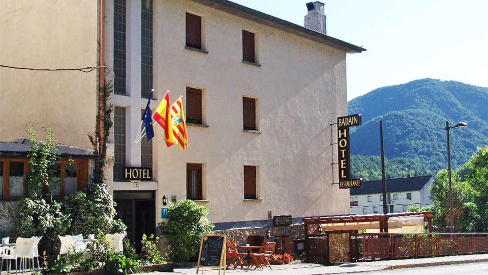 Hotel Badaín - EDIT_ext4.jpg