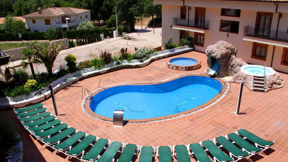 Hotel Balneario Parque de Cazorla - EDIT_pool.jpg