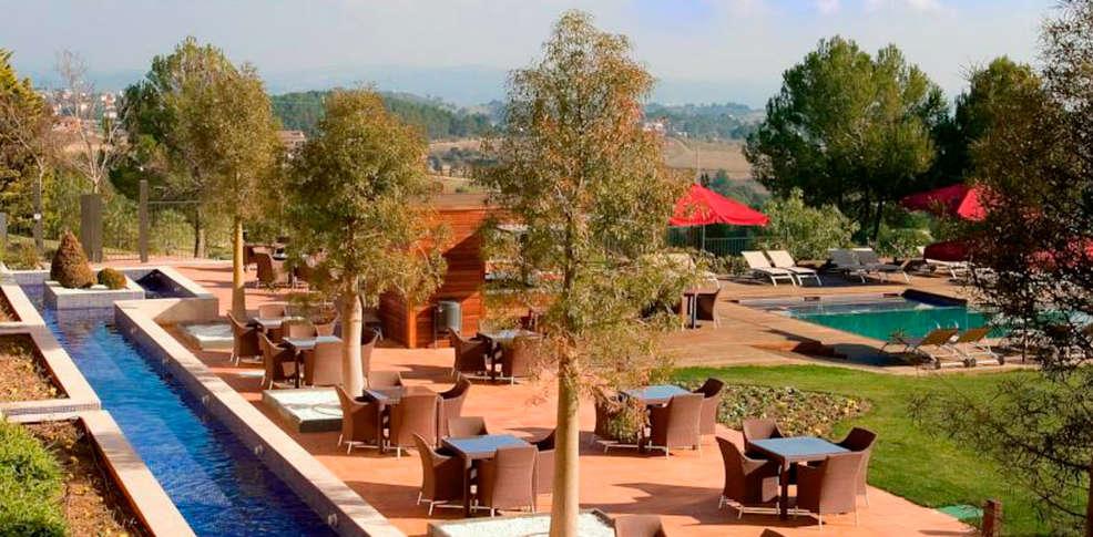 Hotel barcelona golf resort spa 4 sant esteve for Reservation hotel en espagne gratuit