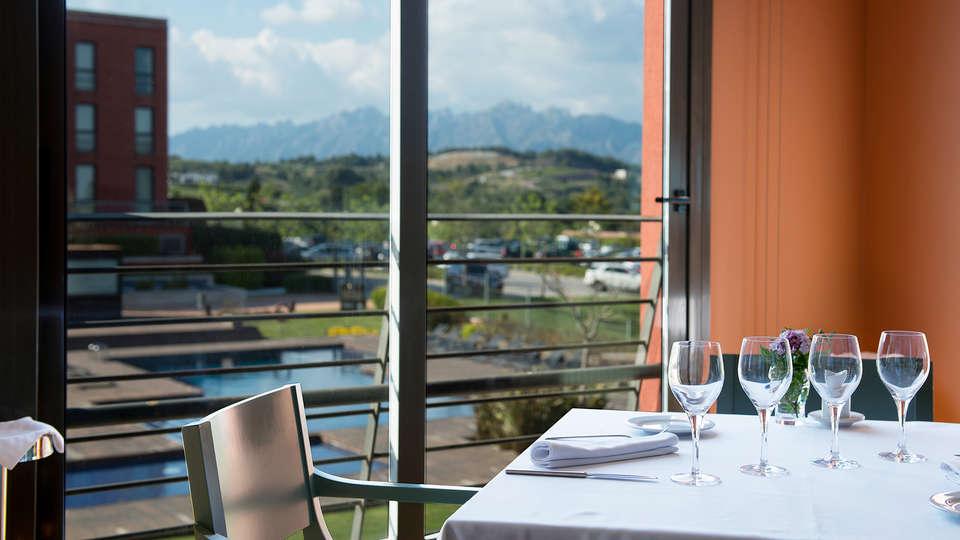 Hotel Barcelona Golf Resort & Spa - EDIT_restaurant.jpg