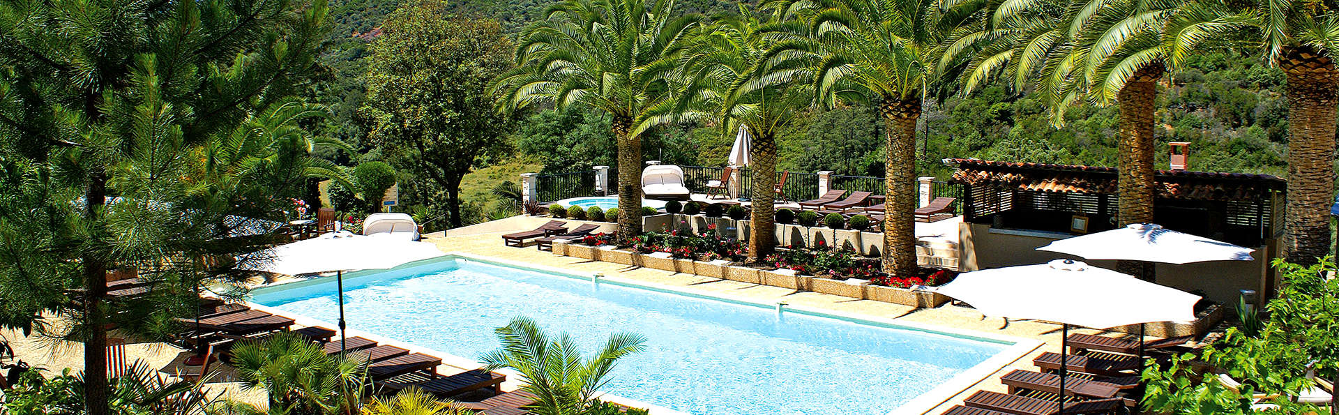 Domaine de l'Oriu - Edit_Pool.jpg