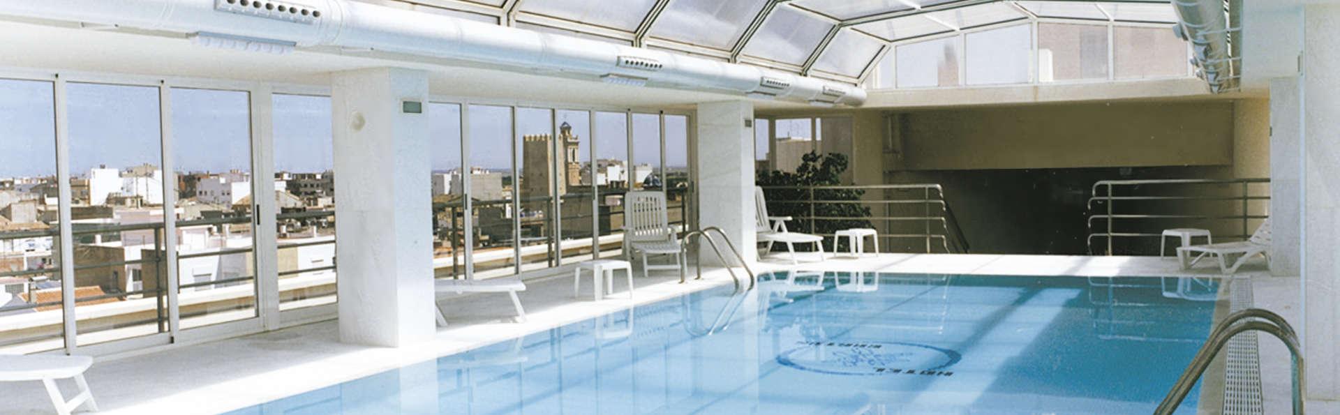 Hotel Bartos - EDIT_inpool.jpg