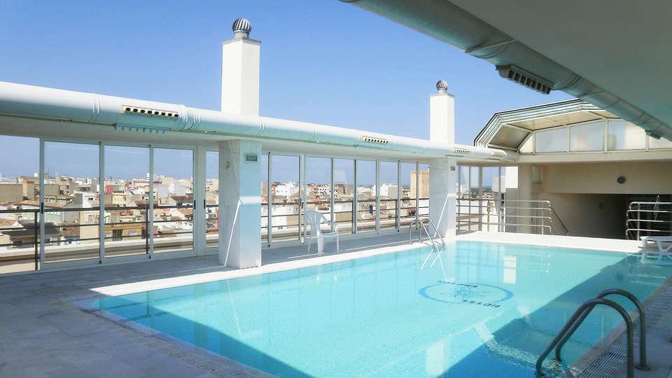 Hotel Bartos - EDIT_pool.jpg