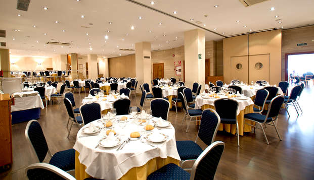 Hotel Occidental Granada by Barcelo Hotel Group - Restaurant