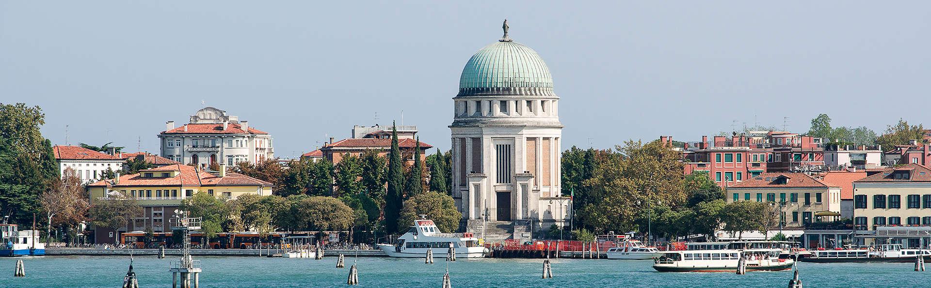 A un paso de la playa de Lido de Venecia