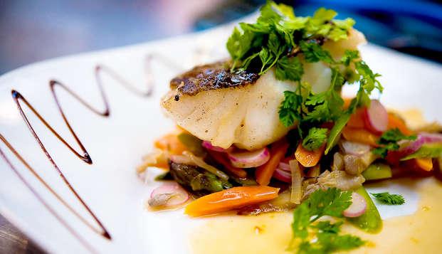 Nuit et dîner à Conversano : Découvrez les saveurs de l'Adriatique entre les oliviers des Pouilles