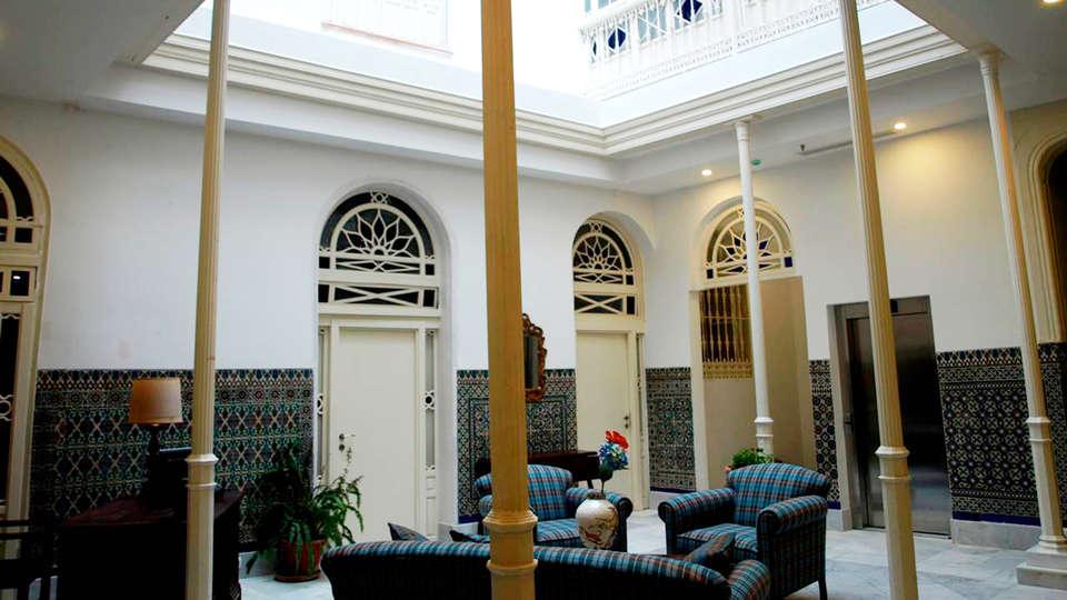 Hotel Boutique Casa de Colón - EDIT_patio.jpg