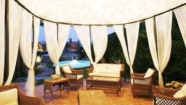 Disfruta de la Rioja en una mansión con historia con visita y cata VIP de Marqués de Cáceres