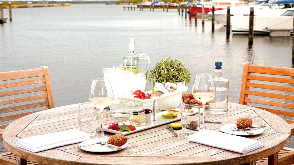 Fletcher Hotel-Restaurant Nautisch Kwartier - Edit_Diner.jpg
