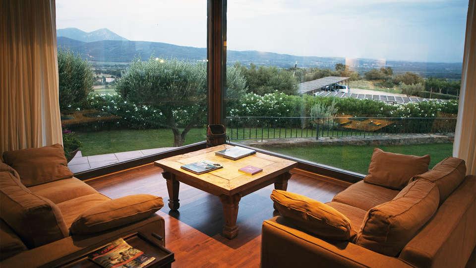 Hotel Can Xiquet - EDIT_lobby3.jpg