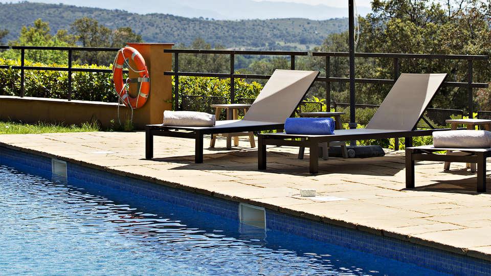 Hotel Can Xiquet - EDIT_pool1.jpg