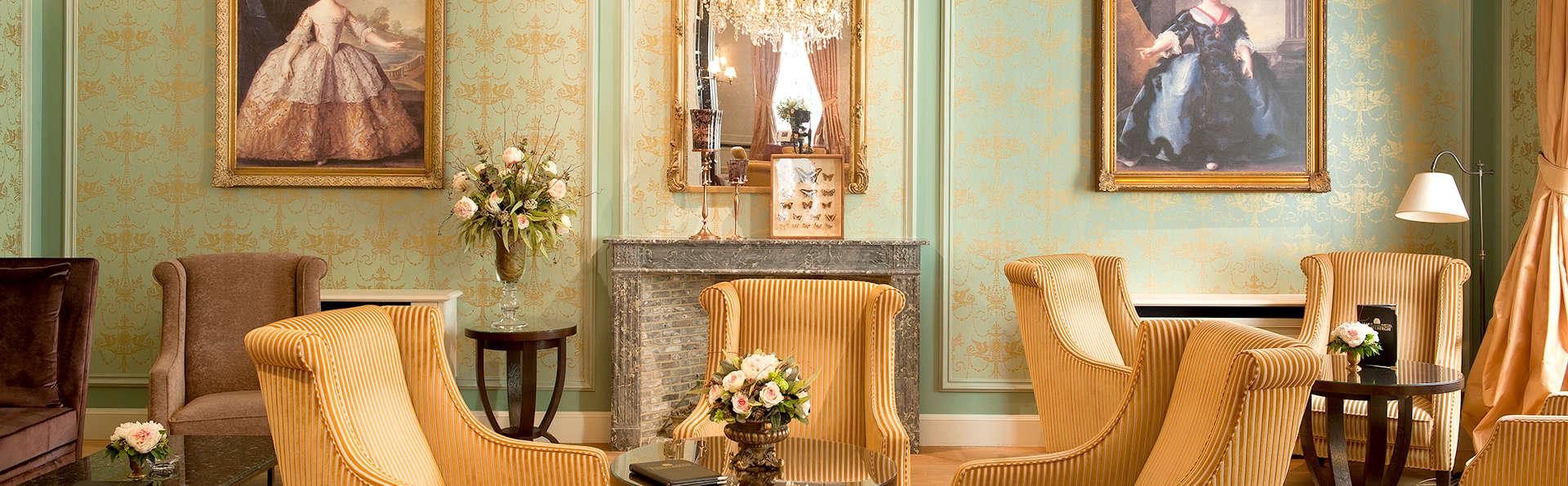 Profiter du luxe d'un hôtel moderne combiné à l'histoire et au charme du centre-ville de Bruges