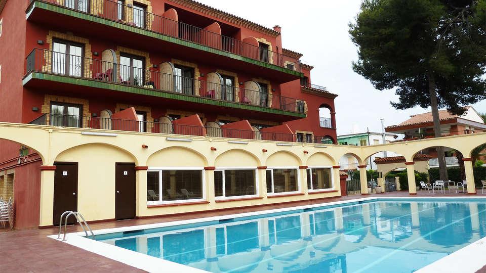 Hotel Canal Olímpic - EDIT_pool2.jpg