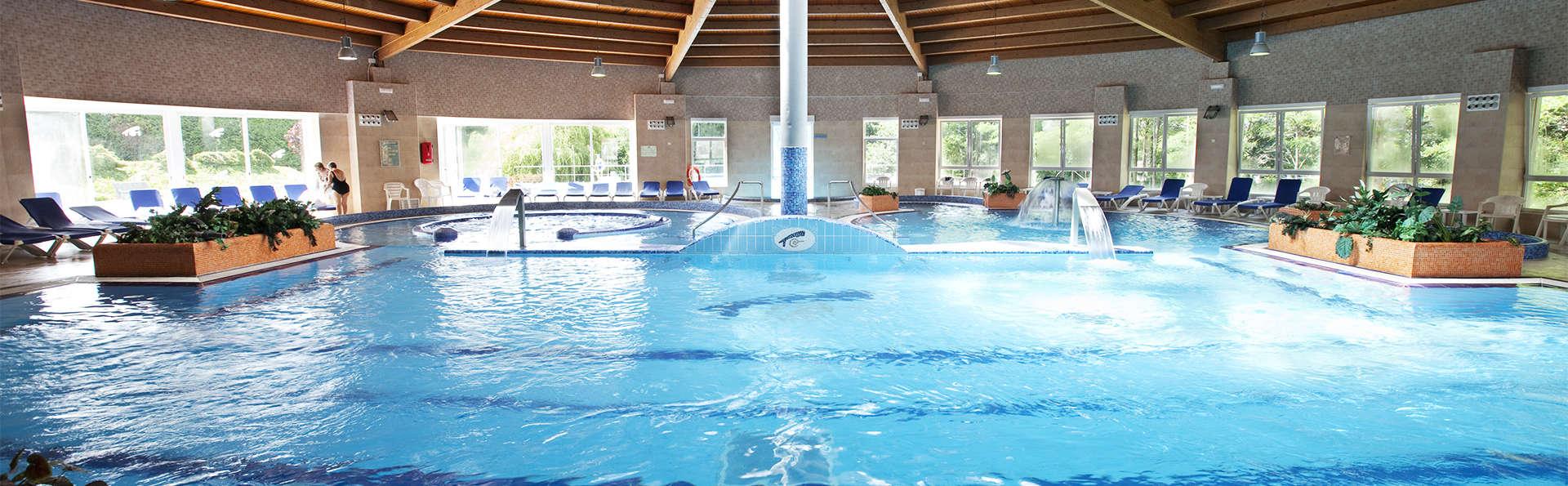 Hotel Castro Do Balneario - EDIT_pool4.jpg