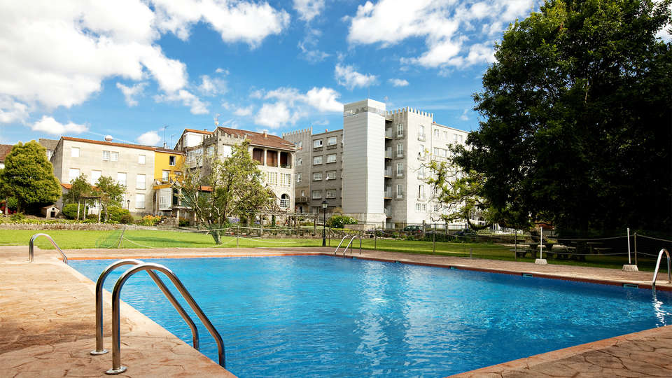 Hotel Castro Do Balneario - EDIT_pool5.jpg