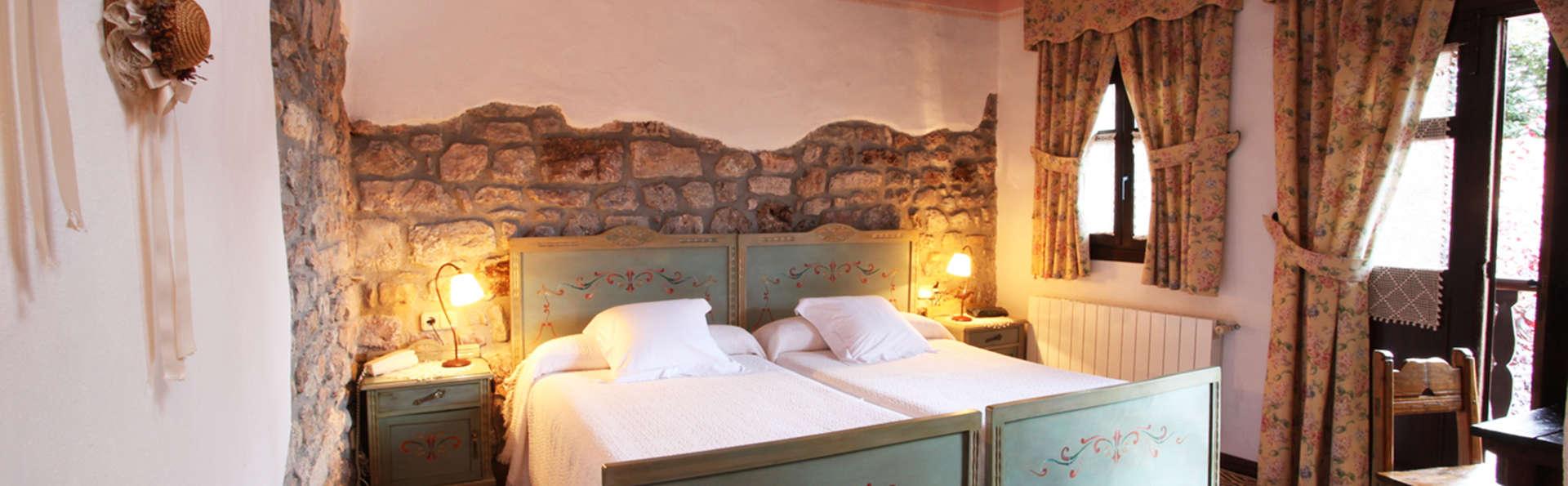 Hotel Casona D'Alevia - EDIT_room4.jpg