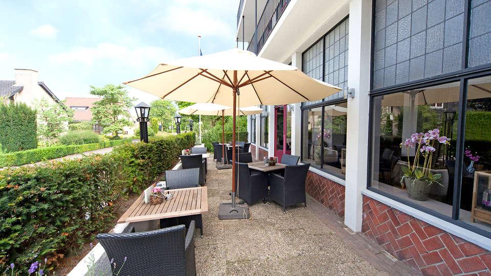 Fletcher Hotel-Restaurant Hellendoorn - Edit_Terrace5.jpg