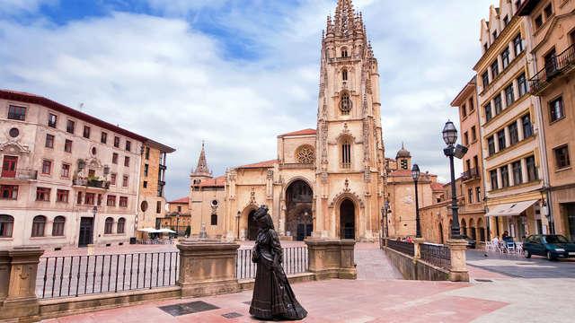 Escapada con encanto en Oviedo con visita guiada y desayuno incluido
