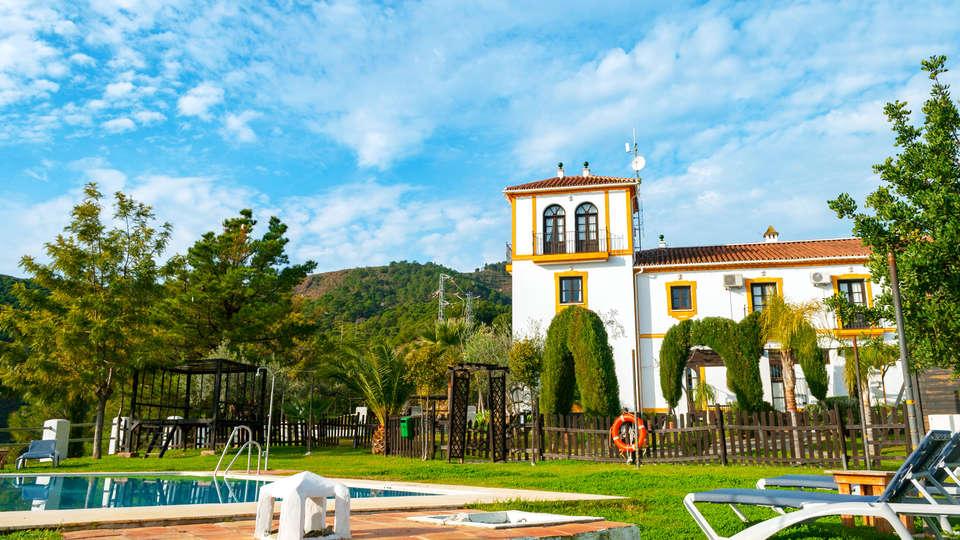 Hotel Cerro de Hijar - EDIT_front2.jpg