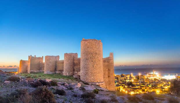 Escápate en este 4*, en plena Plaza de la Catedral de Almería