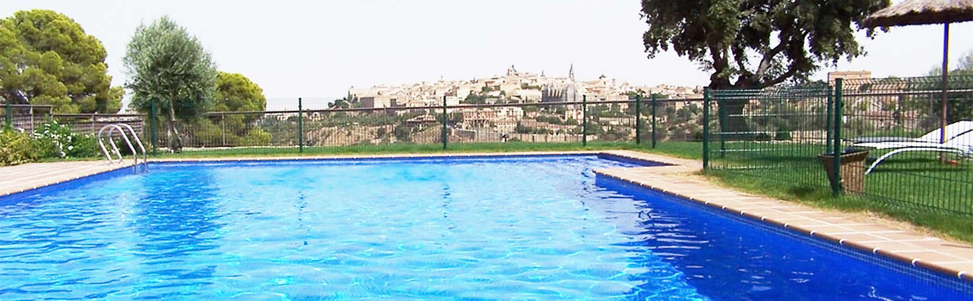 Hotel Cigarral El Bosque - EDIT_pool1.jpg