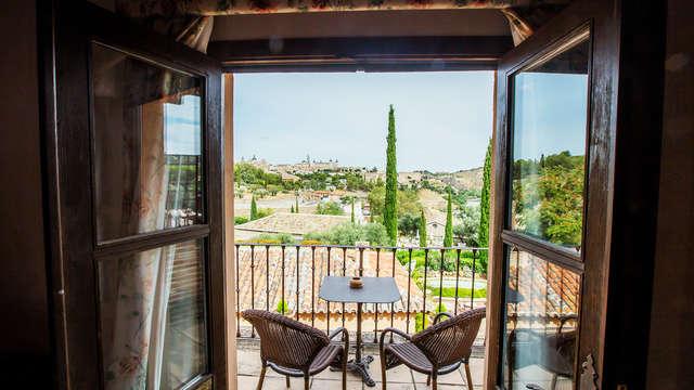 Alojamiento con vistas privilegiadas de Toledo y desayuno incluido
