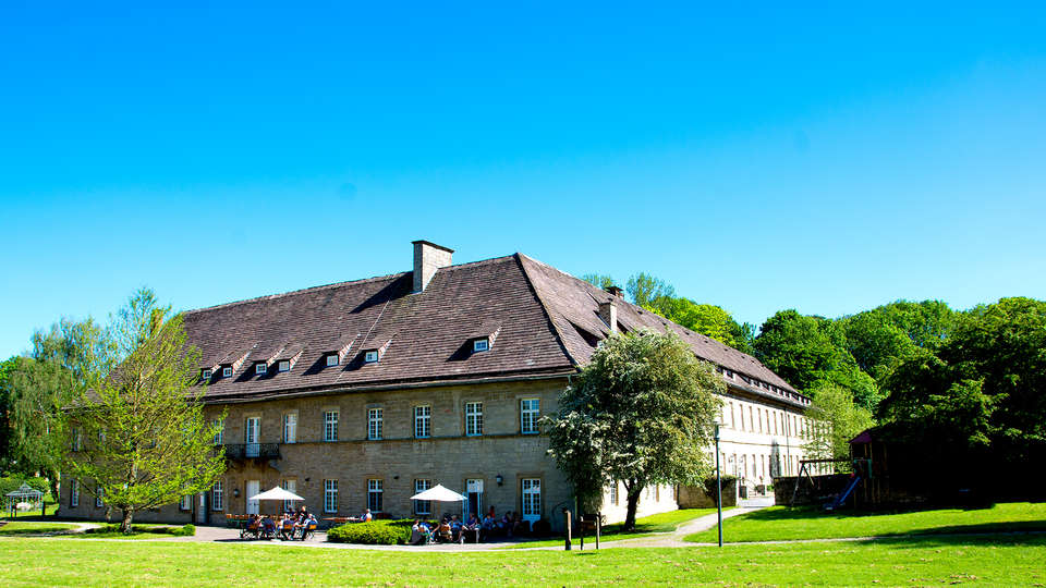 Hotel Schloß Gehrden  - EDIT_NEW_FRONT.jpg