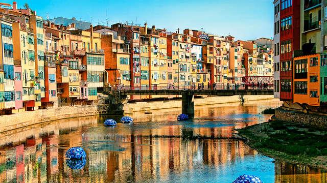 Conoce Girona en habitación superior y una ubicación inmejorable