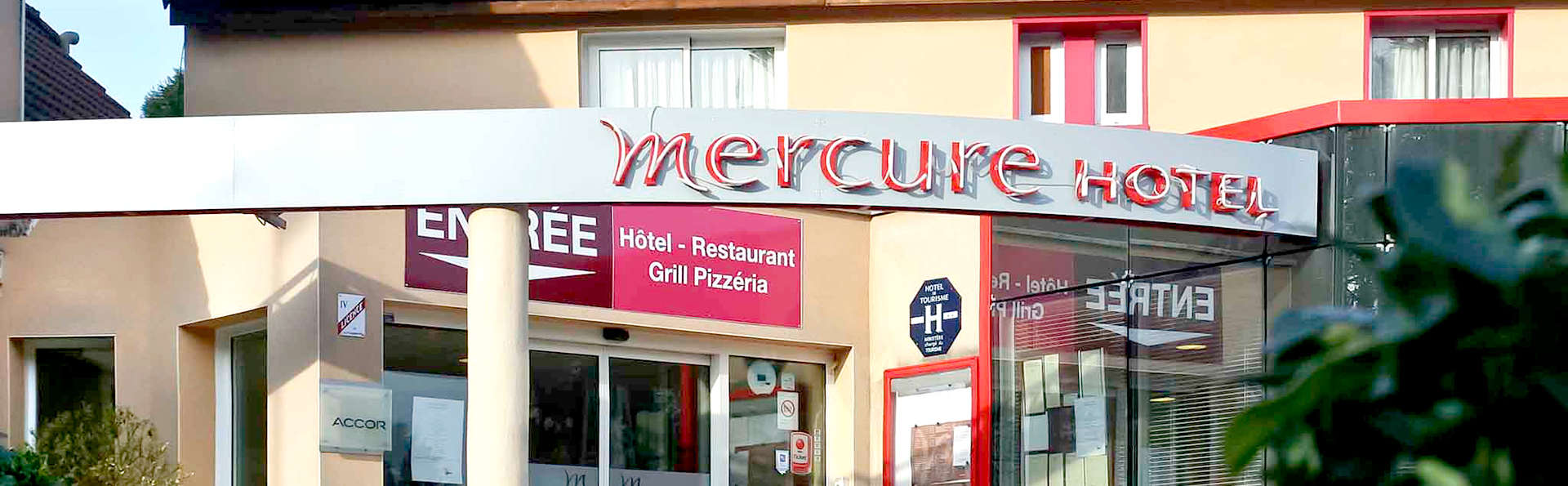 Mercure Hexagone Luxeuil - Edit_Front.jpg