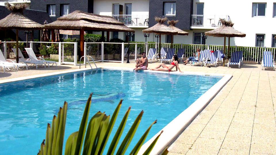 Hotel The Originals Saint-Nazaire Aquilon (ex Inter-Hotel) - Edit_Pool2.jpg