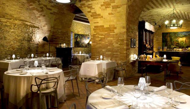 Soggiorno con cena degustazione di 4 portate nell'incantevole Castello Chiola (da 2 notti)