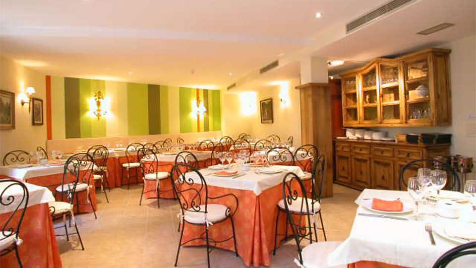 Hotel Cosgaya - EDIT_rest4.jpg